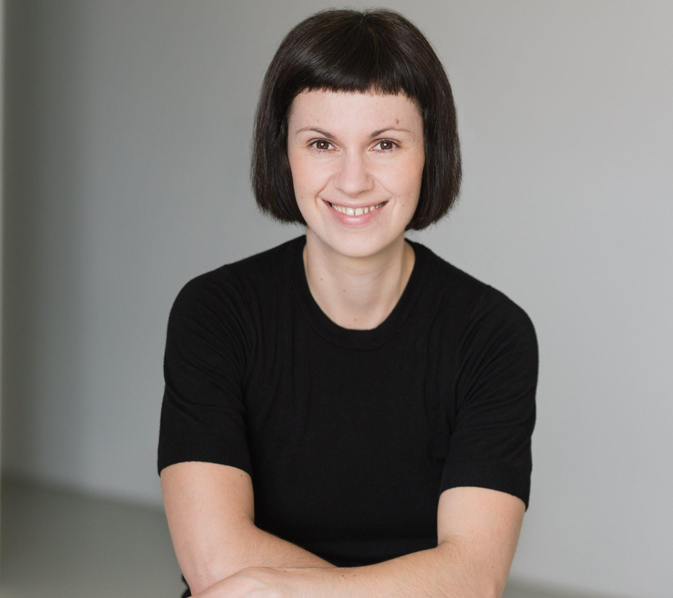 Helena Mihaljević ist promovierte Mathematikerin mit Hintergund in dynamischen Systemen. Seit 2018 ist sie Professorin für Data Science an der Hochschule für Technik und Wirtschaft in Berlin in Assoziation mit dem Einstein Center Digital Future. Sie forscht in interdisziplinären Projekten, u.a. im Bereich der datenbasierten Mobilitätsforschung.