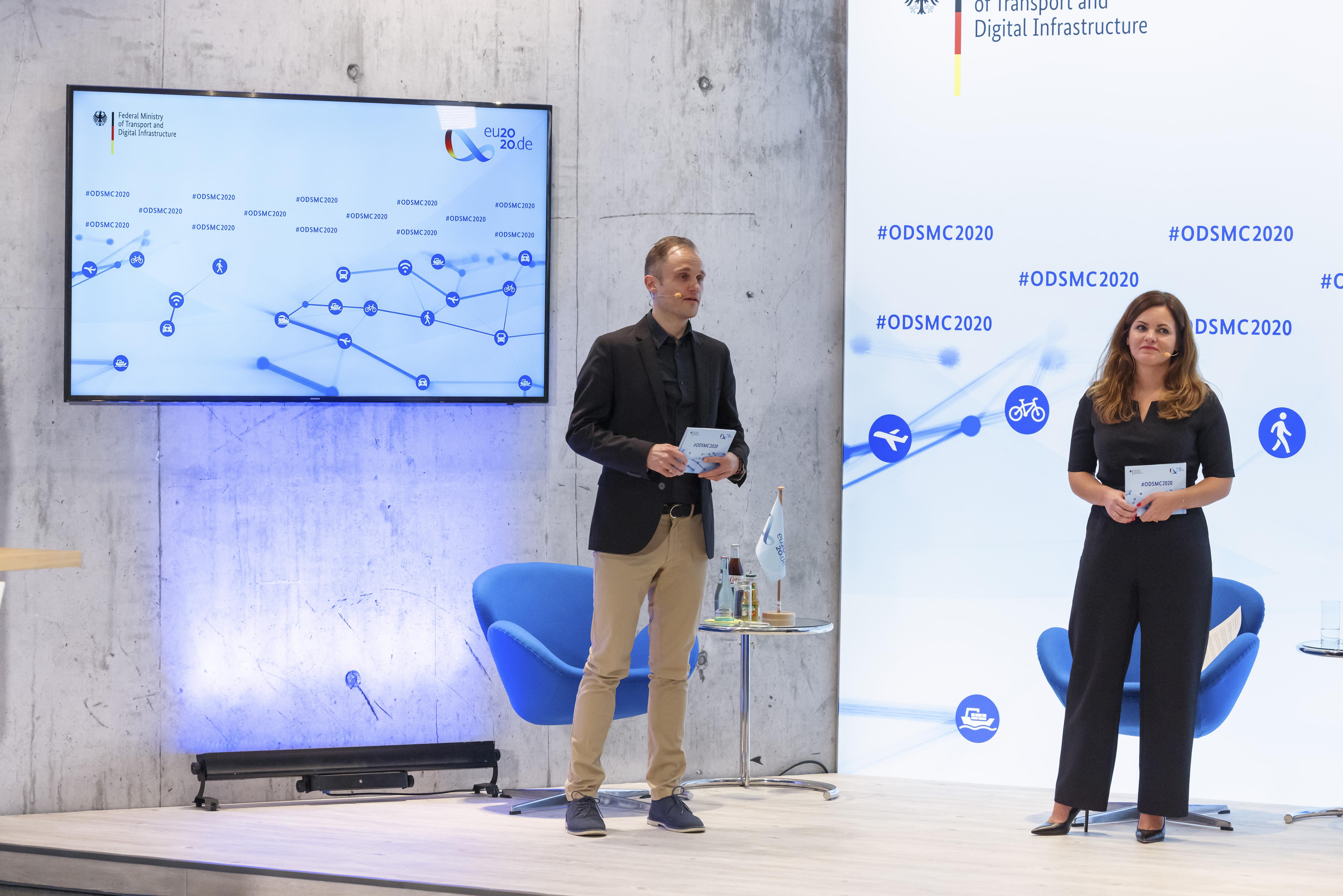 Das ODSMC-Moderationsteam des iRights.Lab, Ludwig Reicherstorfer und Wiebke Glässer